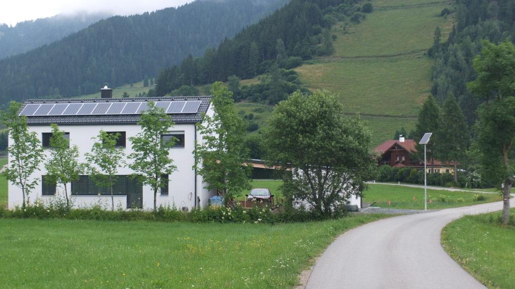 Nachhaltige Straßenbeleuchtung Solarbeleuchtung Österreich